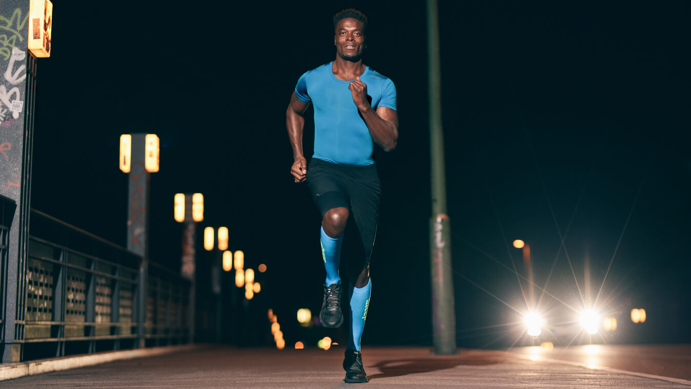 COMPRESSION FOR BLISTER PROTECTION | Run Ultralight Socks